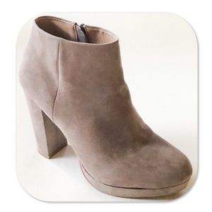 New Directions Jenny Platform Booties